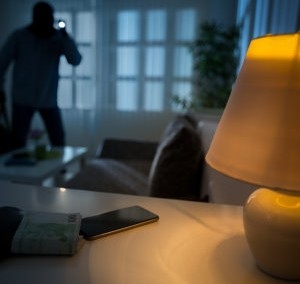 Home Security Tips for Winter from Safenet Systems